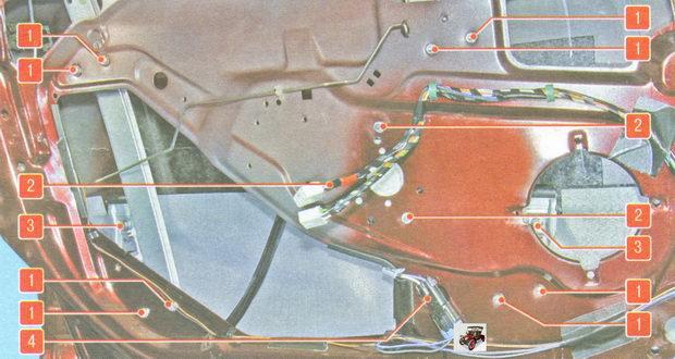 расположение креплений элементов стеклоподъемника Лада Гранта ВАЗ 2190
