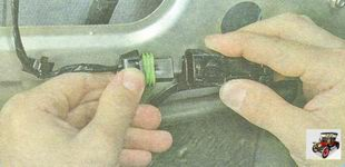 разъемы жгута проводов стеклоподъемника