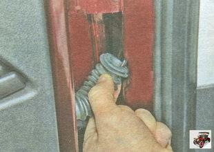 защитная гофра жгута проводов задней двери