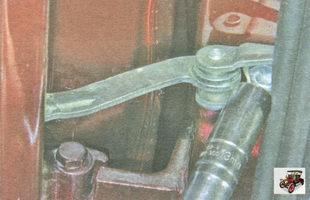 болт крепления ограничителя открывания задней двери к стойке кузова Лада Гранта ВАЗ 2190