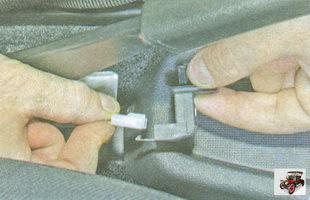 разъем жгута проводов выключателя стояночного тормоза