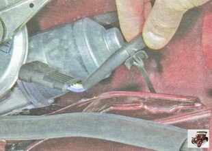 держатель жгута проводов стеклоочистителя
