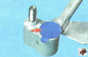 технологические заглушки фланцев нового радиатора кондиционера