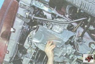 левая защита двигателя