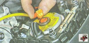 разъем жгута проводов модуля подушки безопасности водителя