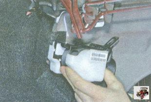 левый задний ремень безопасности Лада Гранта ВАЗ 2190