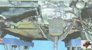 снятие подушки левой опоры двигателя