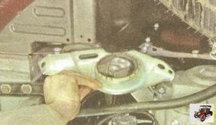 подушка левой опоры двигателя