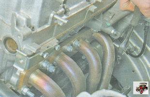 гайки крепления катколлектора к головке блока цилиндров