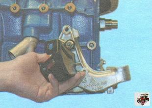 кронштейна передней опоры двигателя