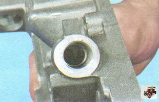 гнездо редукционного клапана масляного насоса