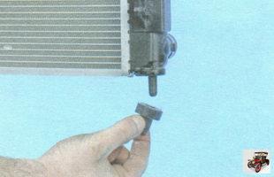 резиновые подушки крепления радиатора