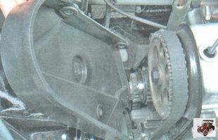 передняя крышка привода ремня ГРМ