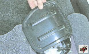 крышка люка топливного модуля