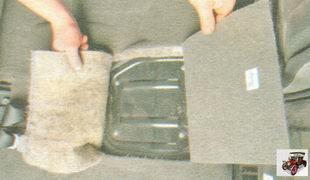 термошумоизоляционная накладка над люком в основании кузова