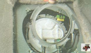 пластина крепления модуля бензонасоса (топливного насоса)