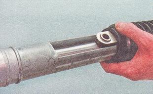 Фото №32 - замена пыльника рулевой рейки ВАЗ 2110