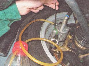 прокачка тормозов (тормозной системы)