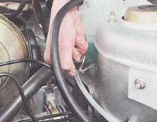 резиновый ремень крепления расширительного бачка системы охлаждения