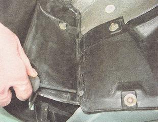 саморез крепления защиты двигателя к подкрылку