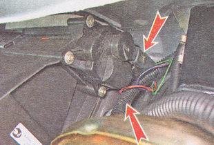 разъем электропривода заслонки отопителя