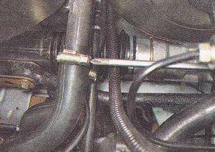 хомут верхнего шланга радиатора отопителя