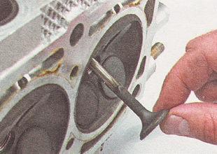 снятие клапанов ВАЗ 2110