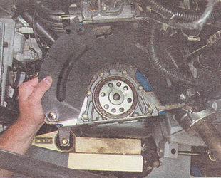 верхняя крышка картера сцепления ВАЗ 2112