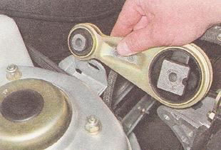 верхняя штанга двигателя ВАЗ 2110