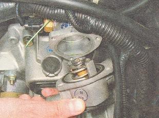 Фото №38 - замена крышки термостата ВАЗ 2110
