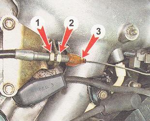 Фото №9 - замена тросика газа на ВАЗ 2110