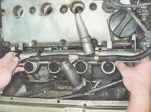 снятие топливной рампы ВАЗ 2111