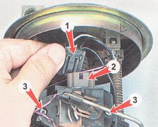 замена датчика указателя уровня топлива ВАЗ 2112