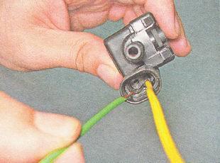 проверка клапана продувки адсорбера ВАЗ 2110