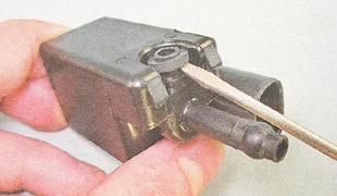 уплотнительное кольцо на клапане продувки адсорбера ВАЗ 2112