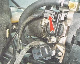 фиксатор разъема жгута проводов от датчика ДПДЗ ВАЗ 2110