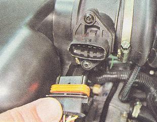 разъем датчика массового расхода воздуха ВАЗ 2112