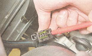 проверка напряжения на разъеме датчика скорости