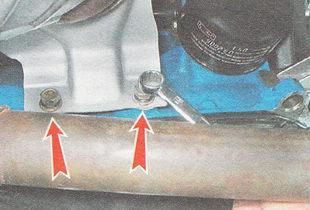 болты крепления прижимной планки кронштейна к блоку цилиндров ВАЗ 2110