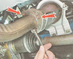 гайки приемной трубы глушителя ВАЗ 2110