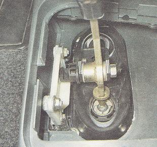 регулировка привода переключения передач ВАЗ 2110