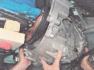 снятие коробки передач ВАЗ 2112