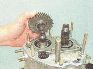 Фото №9 - замена механизма выбора передач ВАЗ 2110