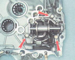 Фото №8 - замена механизма выбора передач ВАЗ 2110