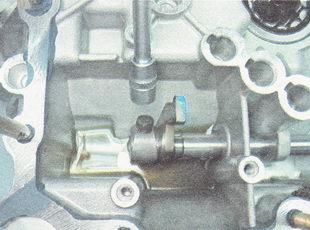 Фото №2 - замена механизма выбора передач ВАЗ 2110