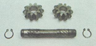 извлекаем из корпуса дифференциала сателлиты и снимаем с оси сателлитов второе стопорное кольцо