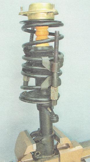 разборка передней стойки ВАЗ 2110