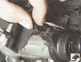 колодка жгута проводов подсветки замка зажигания