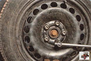 болты крепления передних колес
