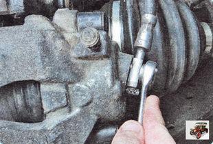 болт-штуцер крепления нижнего наконечника тормозного шланга к рабочему цилиндру
